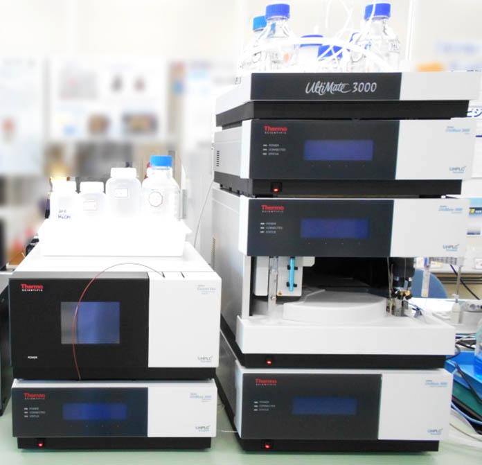 高速液体クロマトグラフィー(HPLC)